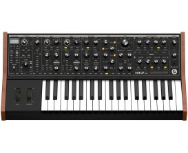 MOOG SUB 37 Parphonic Synth - Tribute Edition -
