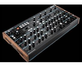 NOVATION PEAK - Synthétiseur Hybride Polyphonique 8 voix