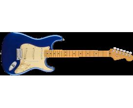 FENDER 0118012795 - Stratocaster american ultra - Maple neck - Finition Cobra Blue ( etui fourni)