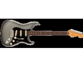 FENDER 0113900755 - American Professional II Stratocaster ,Mercury (Case inclu)