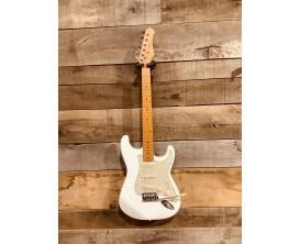 MAE WEST MESTWH - Guitare électrique type Strat Vintage, corps aulne massif, manche et touche érable, 3 micros simples, Blanc Cr