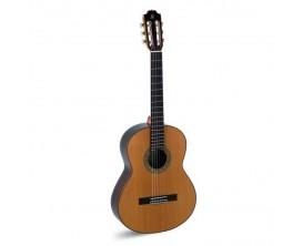ADMIRA A10 - Guitare classique 4/4, table cèdre massif, corps palissandre indien, fabrication espagnole